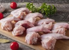 Увага! Виявлено небезпечні курячі крильця, що експортуються з Польщі!